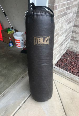 Everlast punching bag for Sale in Portage, IN