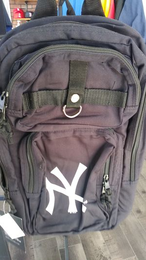 Yankees new era backpack for Sale in San Jacinto, CA
