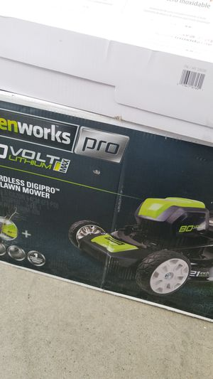 Lawn mower for Sale in Parlier, CA