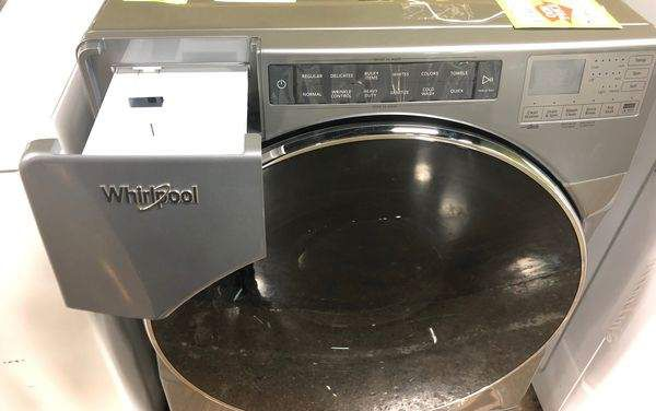 Whirlpool Front Load Washer YE5