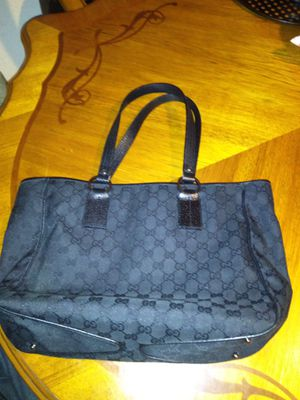 Gucci vintage medium bag authentic $375 for Sale in Fontana, CA