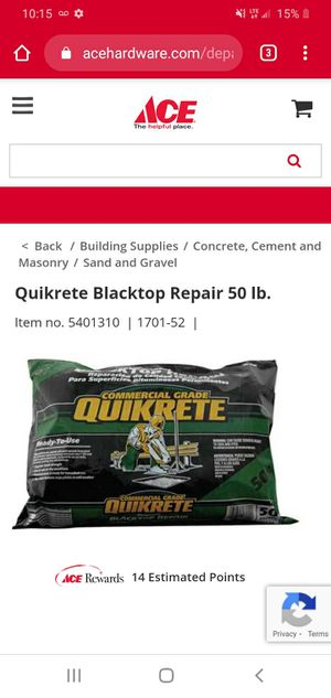 8 50 lbs bags of quikrete black for Sale in Arnold, MO