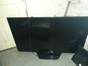 55 inch lg tv for Sale in Moon, PA