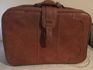 Antique Stradellina Leather Travel Suitcase in great condition for Sale in Bremerton, WA