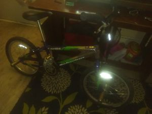"""16"""" Freestyle Schwinn bike for Sale in Denver, CO"""