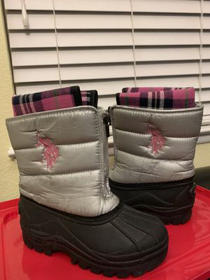 Snow boots for girls, size 13. $10 obo for Sale in North Las Vegas, NV