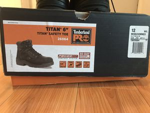 Timberland pro safety boots size 12w for Sale in Bartlett, IL