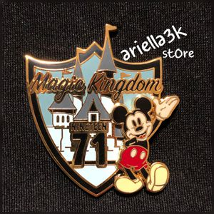 Disney Trading Pin Magic Kingdom 1971 Mickey Mouse. NEW for Sale in Kissimmee, FL
