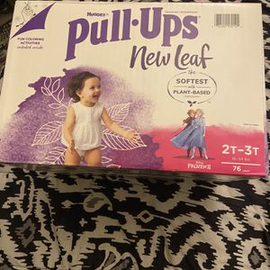 Huggies Pull Ups New Leaf Size 2T-3T for Sale in Sloan, NV