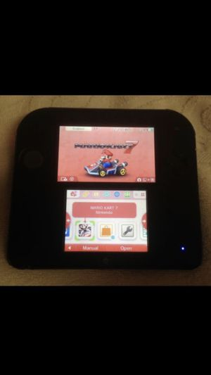 Nintendo 2ds with Mario Kart 7 plays ds & 3ds games also includes Charger & Case for Sale in Wyncote, PA