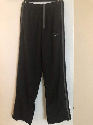 Nike sweatpants for Sale in Olivette, MO