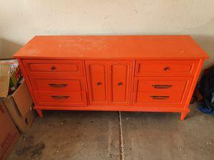 Large dresser for Sale in Phoenix, AZ