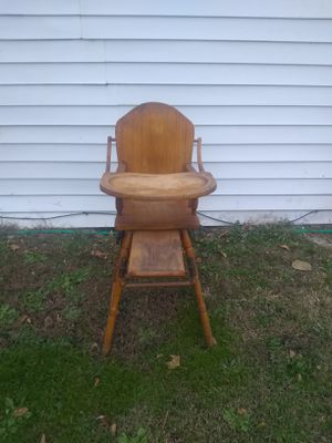 Vintage Thayer high chair for Sale in Cleveland, OH