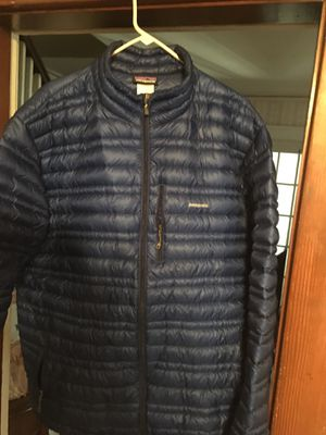 Mens Patagonia ultralight down jacket xxl for Sale in Cranston, RI