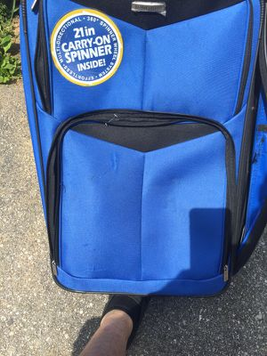 Large suit case for Sale in Philadelphia, PA
