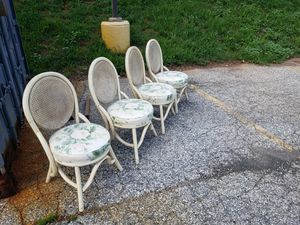 FREE Chairs for Sale in Shrewsbury, PA