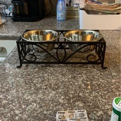 Metal Dog Dish for Sale in Clackamas,  OR