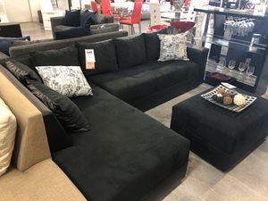 Black on Black Sectional Sofa w/ Wide Seats 💥💥💥TAKE HOME TODAY💥💥💥 for Sale in Miami Springs, FL