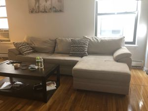 Sectional couch- in perfect condition for Sale in Hoboken, NJ