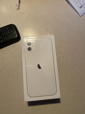 IPHONE 11 white 64Gb At&T New for Sale in San Francisco, CA