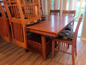 Dinning table for Sale in Ruskin, FL