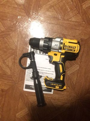 """U DEWALT 20V MAX XR Lithium-Ion Cordless 3-Speed 1/2"""" Premium Brushless Hammer Drill (Tool-Only). for Sale in Queens, NY"""
