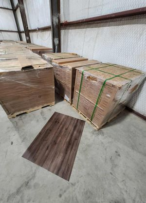 Luxury vinyl flooring!!! Only .65 cents a sq ft!! Liquidation close out! THUQ for Sale in Houston, TX