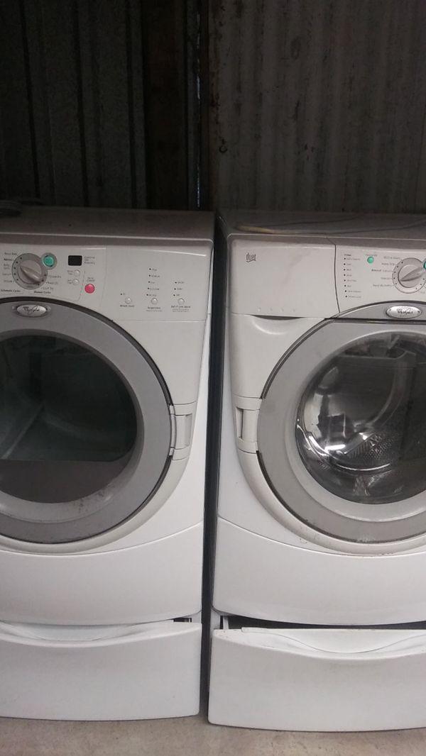 Whirlpool washerand dryer set
