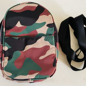 Shoulder bag for Sale in Orange, CA