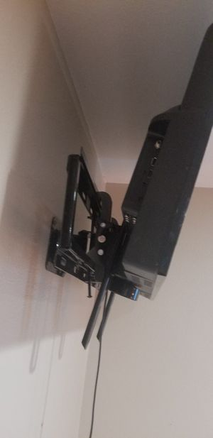 TV and mounts for Sale in Seattle, WA
