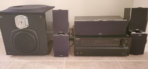 Onkyo reciever and surround sound system. for Sale in Fort Myers, FL