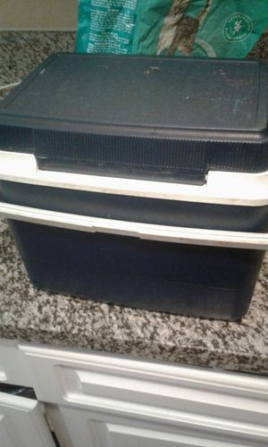Lunch paill or drink holder ice cooler for Sale in US