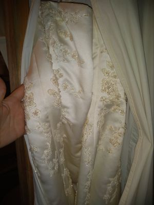 Wedding dress for Sale in Berkshire, NY