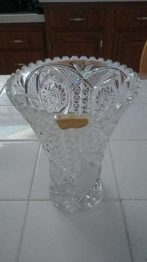 Genuine Hand Cut Crystal Vase for Sale in Callahan, FL