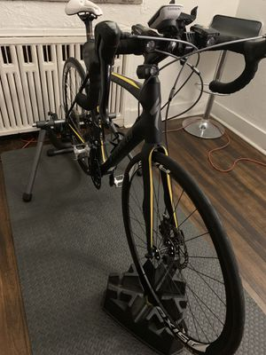 Specialized roubiax road bike for Sale in Monroeville, PA