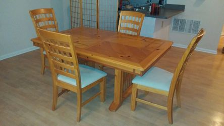 Wood Dining table with 4 chairs for Sale in Columbia,  MD