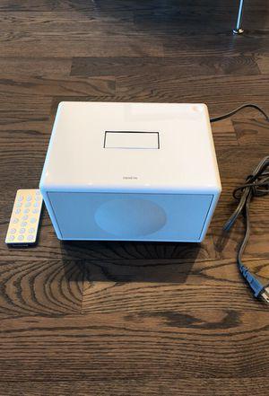 Geneva Audio Speaker w/ remote for Sale in Venice, CA