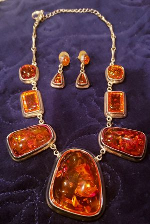 Amber necklace and earring for Sale in Crestline, CA