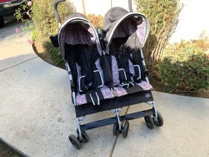 Double Baby Toddler Stroller excellent Condition!! for Sale in Fresno, CA