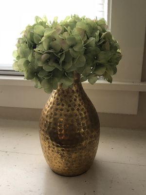 Flower vase for Sale in Fresno, CA