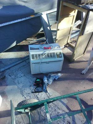 Haier window AC unit for Sale in San Antonio, TX