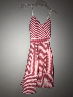Hot pink and white dress for Sale in Harlingen, TX