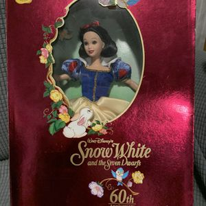 1997 Mattel Disney Snow White 60th Anniversary Signature Collection NRFB for Sale in Washington, DC