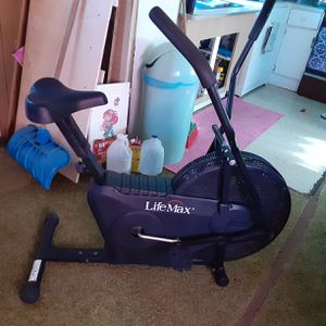 Exercise bike $50 perfect con. for Sale in Pawtucket, RI