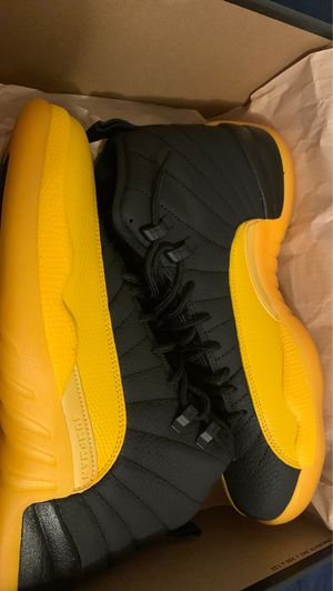 Air Jordan 12 retro black/university Gold-black for Sale in Vallejo, CA