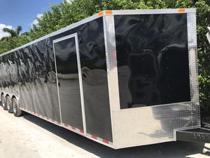 Enclosed trailer for Sale in Hialeah, FL