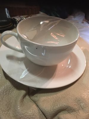 Set of 4 cup and saucer Tudor made in England for Sale in Miami, FL