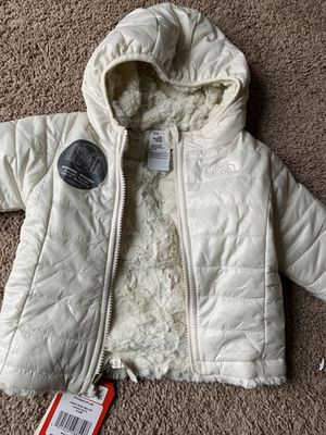 North face jacket for Sale in Aston, PA