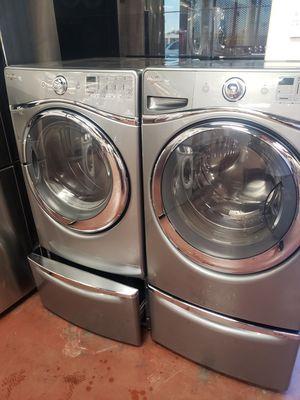 Set lavadora y secadora whirlpool electricas for Sale in Phoenix, AZ