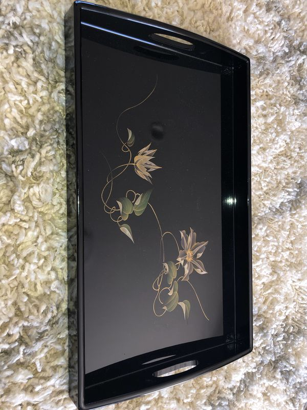 Black lacquer asian style flower display tray
